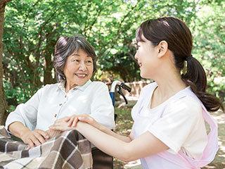 介護付有料老人ホーム ソレイユビラ大門(ID:si0758032421-9)のバイトメイン写真