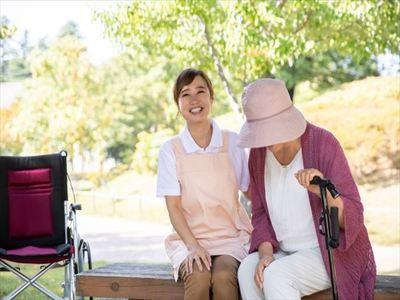 住宅型有料老人ホーム たちばなの香(ID:sa0590041520-4)のバイトメイン写真