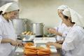 【栄屋食品株式会社(ID:サ0174121420-8)】のバイトメイン写真
