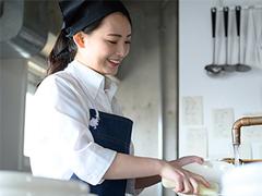 栄屋食品株式会社(ID:sa0174083120-4)